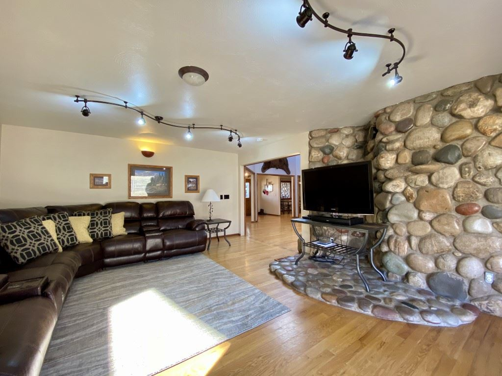 MLS# 20200909 - 30 - 1916 Monument Canyon Drive , Grand Junction, CO 81507