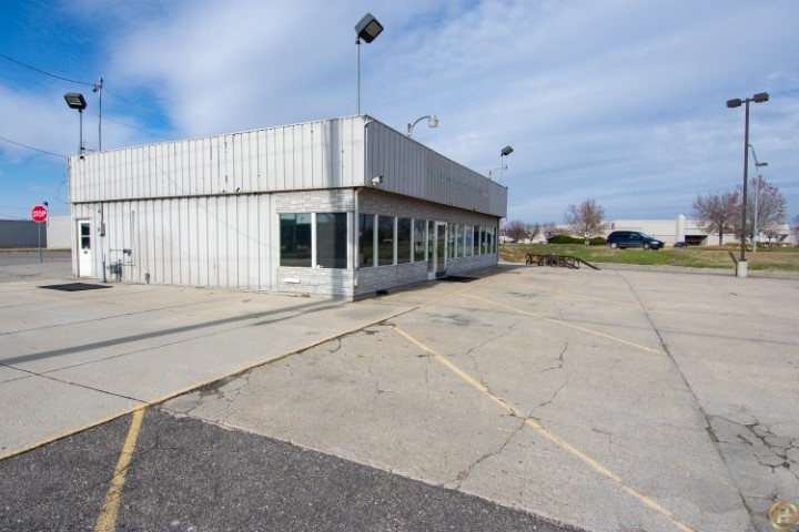 You CAN NOT go wrong with this hi-traffic, busy corner in the heart of Norfolk on Hwy 275!  Location matters!  Don't miss out on this opportunity to re-locate, start a new business right or expand an existing business!  Or buy this location for a great income producing property!