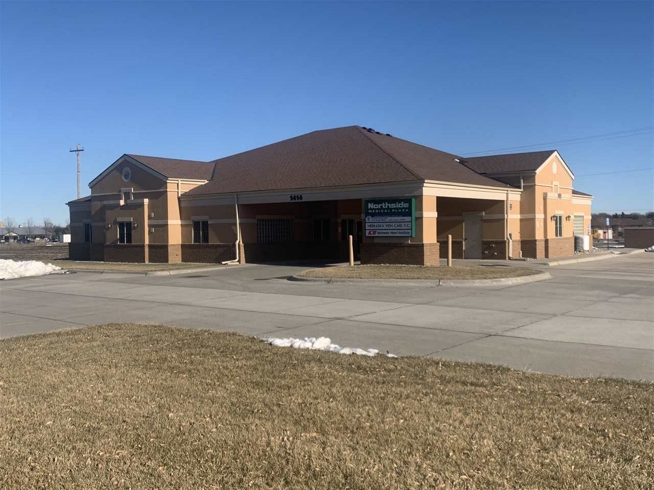 Here is your chance to own a 4800 Sq Ft building that is ready to move into and has unlimited possibilities.  13 separate spacious rooms ready to be used for office or medical purposes.  6 separate restrooms 3 equipped with showers as well as a conference room and client/patient check in area and sitting room.  There are too many possibilities  to list.  Check it out today!