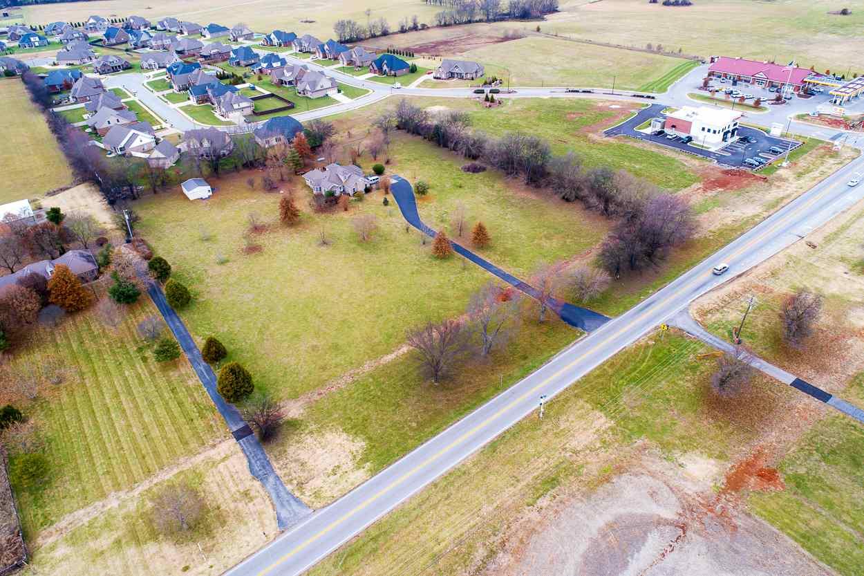 8505 Nashville Road, Bowling Green, KY 42101