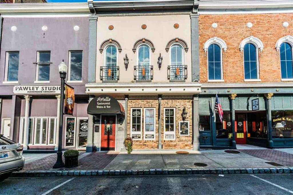 183 S Main Street, Russellville, KY 42276