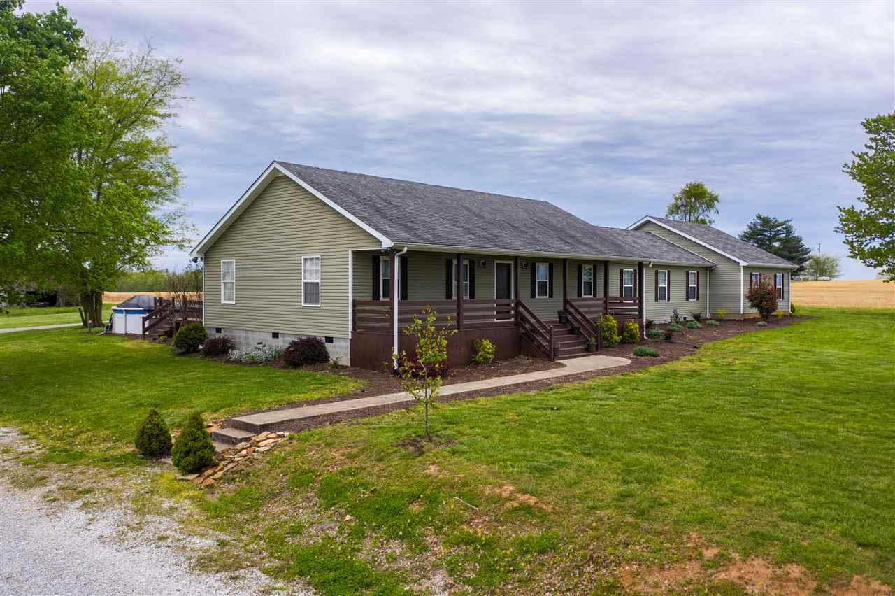 2095 Locust Grove Road, Auburn, KY 42206