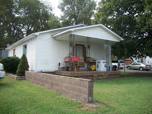 558 E 1st  Street, Russellville, KY 42276