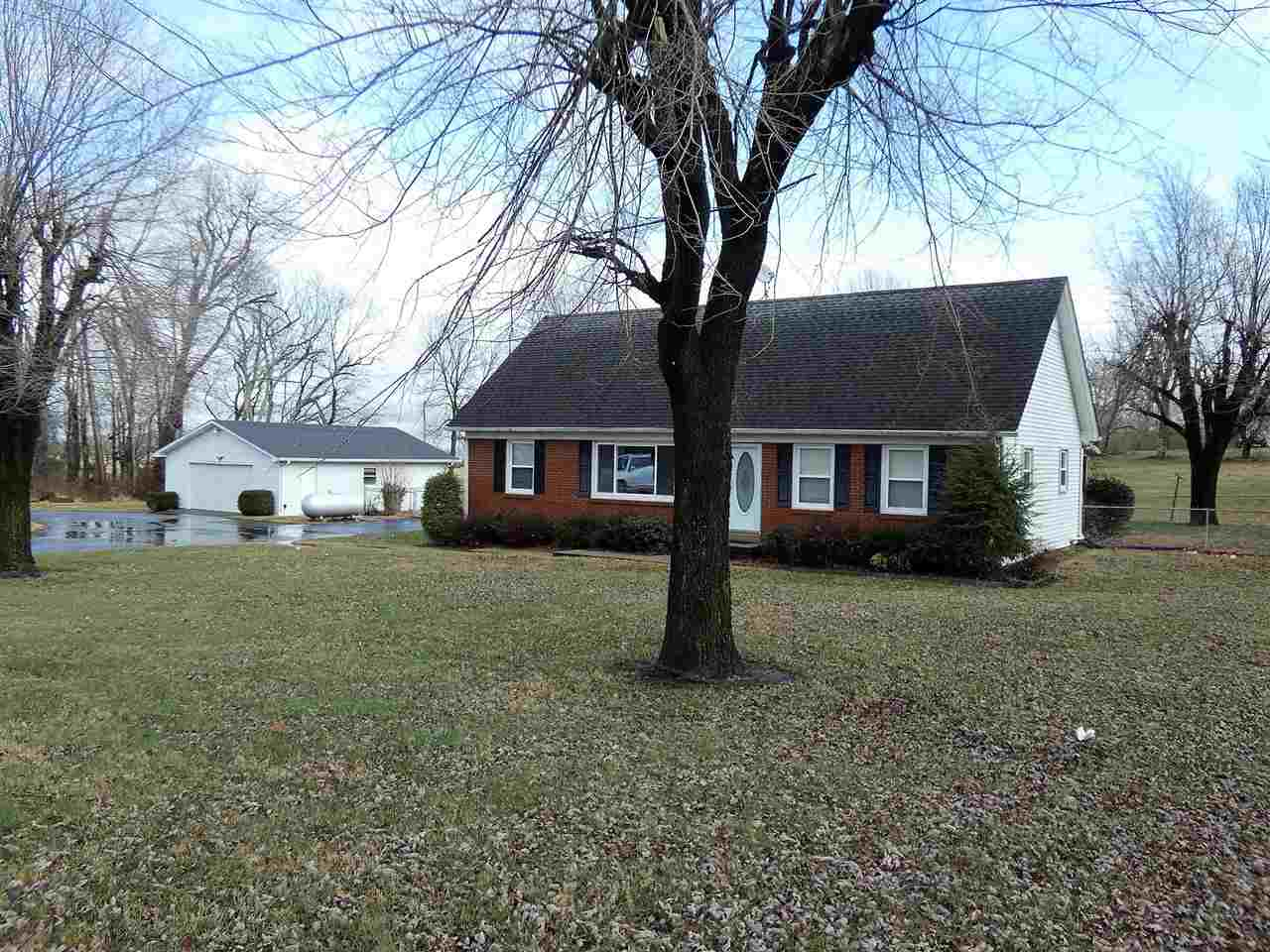 3438 Lewisburg Road, Russellville, KY 42276