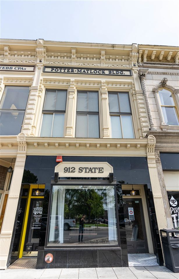 912 State Street, Bowling Green, KY 42101