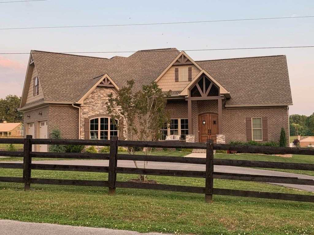 211 Booth Dr, Alvaton, KY 42122