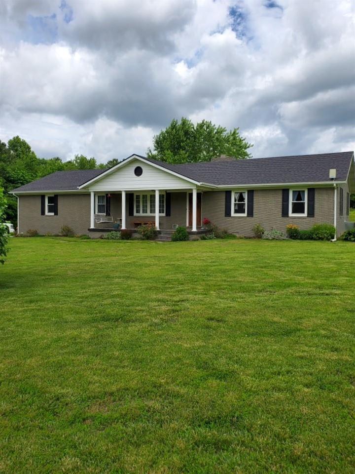 3189 Love Lee Rd., Morgantown, KY 42261