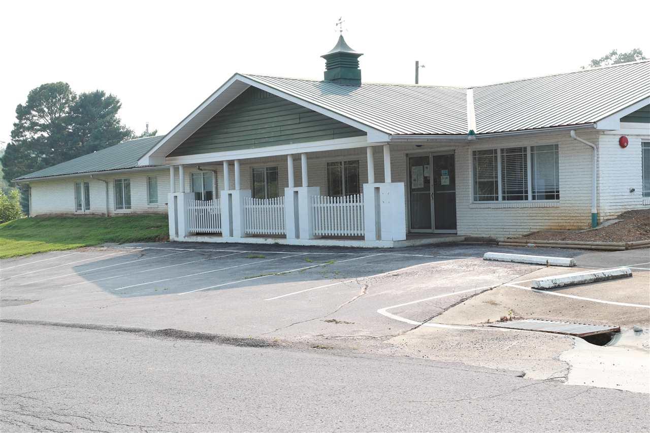 29 Hillview Drive, Scottsville, KY 42164