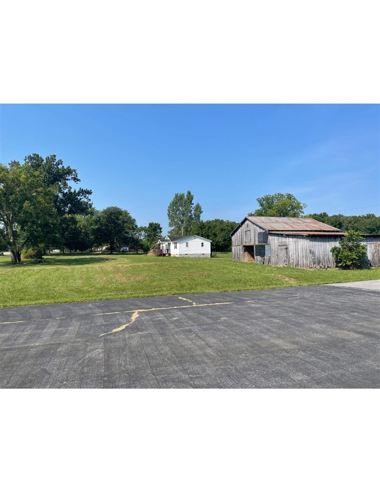 7168 Russellville Road, Bowling Green, KY 42101