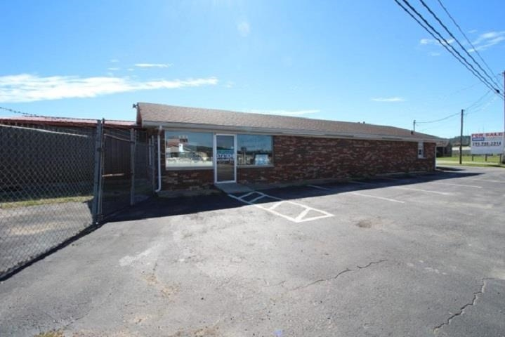 1001 S Dixie Highway, Cave City, KY 42127