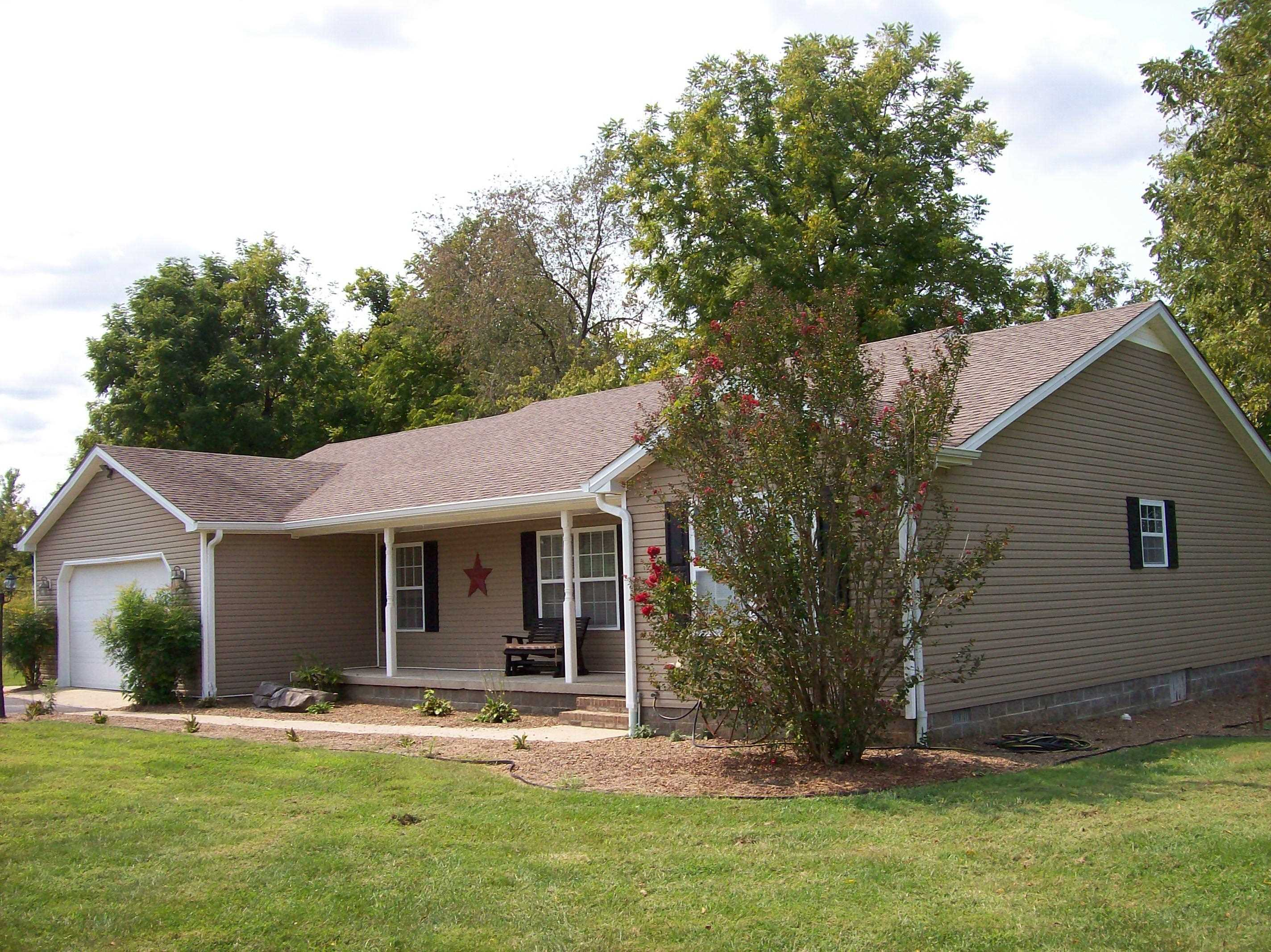 155 Dakota Ln, Russellville, KY 42276